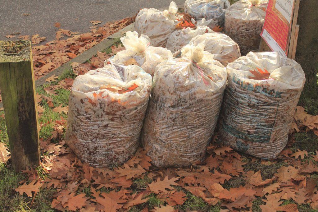 "Driving around neighborhoods with large yards in the fall can be the ultimate jackpot for finding ""dead bodies"" for mulch."